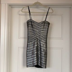 BCBGMaxAzria Dresses - Bcbg strapless metallic dress
